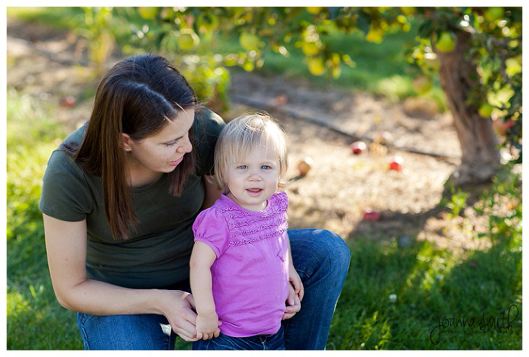 Illinois Family Session in an Orchard