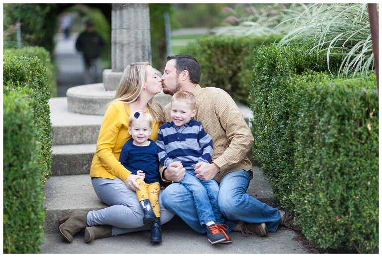 Fabyan Forest Preserve, Fall Mini Sessions, Illinois Family Photographer, Peoria Family Sessions