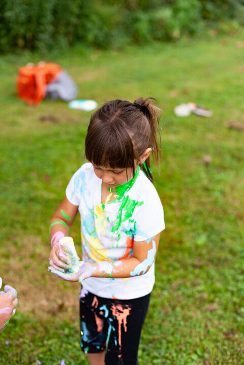 Paint Fight Photoshoot, Family Session, Peoria IL Family Photographer, Batavia IL Family Photographer, Fun Photoshoot Ideas